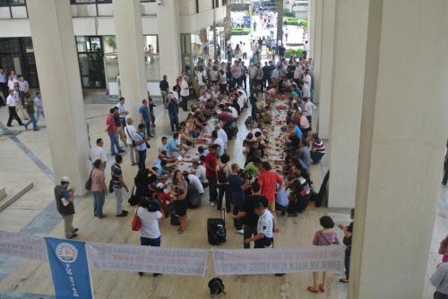 Büyükşehir Belediye Emekçileri Dayanışma Sofrası Kurdu